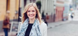 """""""Olen yhtä lailla Suomen kuin Euroopan kansalainen ja minun Suomeni on vahvasti kansainvälinen."""" - Aura Salla"""